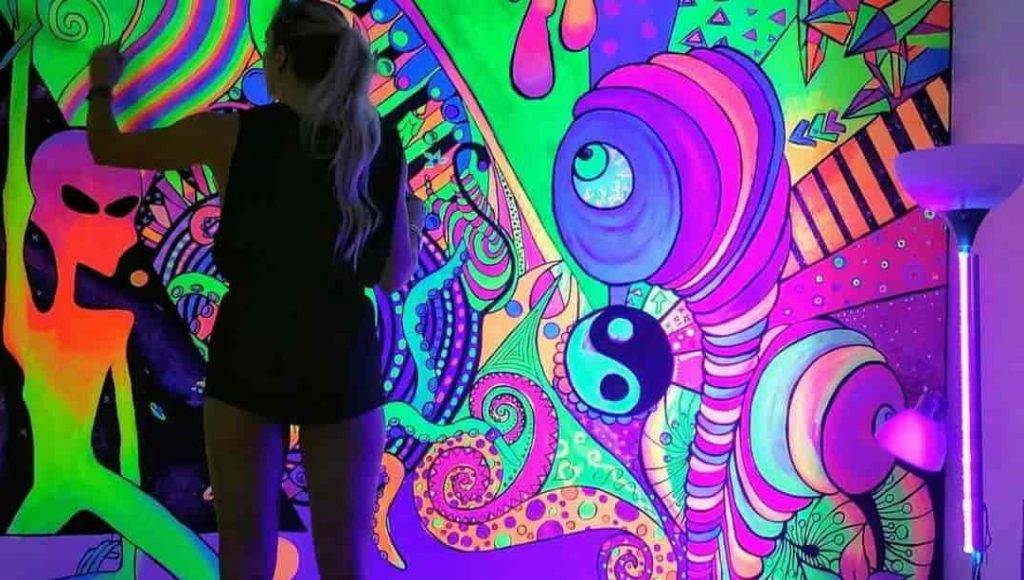 Best Glow In The Dark Paint For Walls you can get